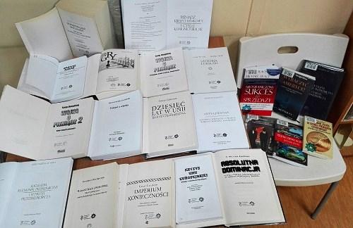 """Projekt nr 2001 """"Zakup książek o tematyce wolnorynkowej"""""""