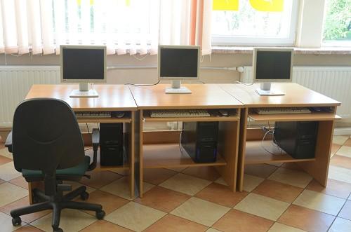 """Projekt nr 16 """"Doposażenie bibliotek na Bródnie"""" - W29"""