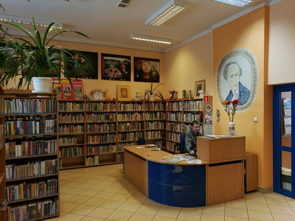 Wnętrze Biblioteki dla Dzieci i Młodzieży nr 53