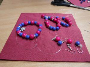 Biżuteria z koralików - warsztaty kreatywne w W64