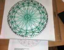 String-art - geometryczne obrazy w W2