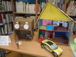 Eko zabawka z kartonu – wystawa prac dzieci i rodziców z Przedszkola 432