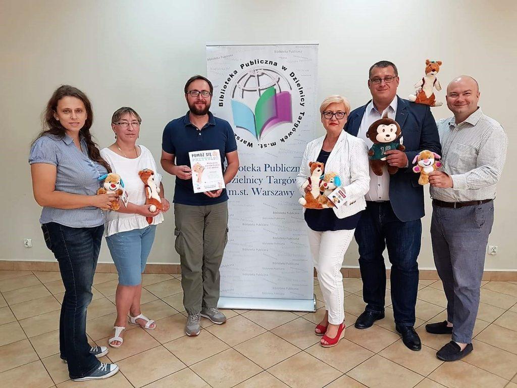 """Akcja """"Pomóż się przytulić"""" - zbiórka pluszaków dla dzieci z Centrum Zdrowia Dziecka"""