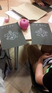 """""""Geometryczne wyszywanki"""" w W2"""