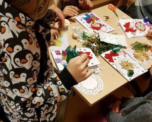 Warsztaty artystyczne tworzenia kartek Bożonarodzeniowych