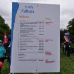 tablica z atrakcjami sfrefy Kultura w parku Bródnowskim podczas pikniku