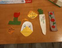 prace plastyczne, m.in. kaczka metodą origami