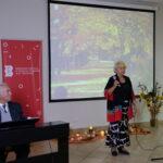 poeta grupy Akant śpiewa piosenkę